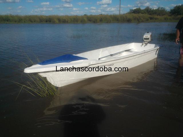 Bote Caiman 420
